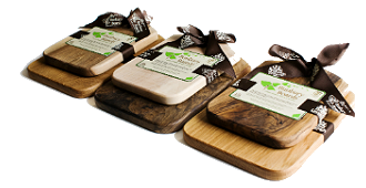 The American – Country Irish manor makes sustainable cutting boards for the kitchen